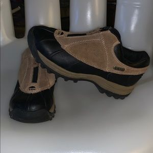 TOTES Winter Waterproof Shoes (EUC!) Suze 8